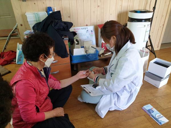 B_성주군사진(고혈압 당뇨 등록관리 운영2).jpg